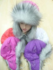 Детские головные уборы и верхняя одежда оптом с г. Новосибирска