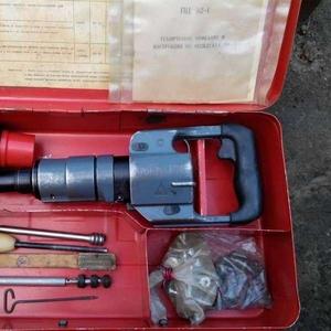 Продам строительно-монтажный пистолет ПЦ52-1